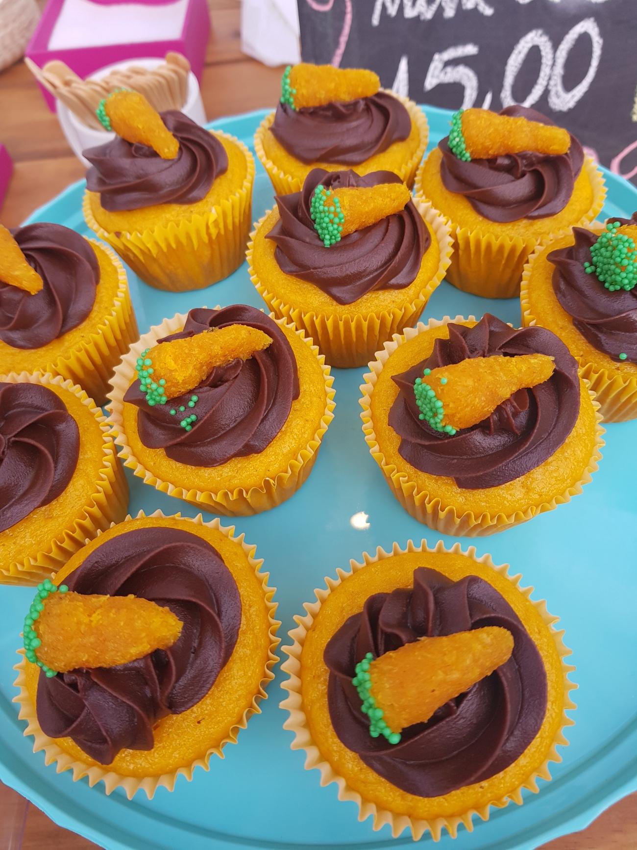 Vila Verde -- Páscoa (cupcakes Mari)