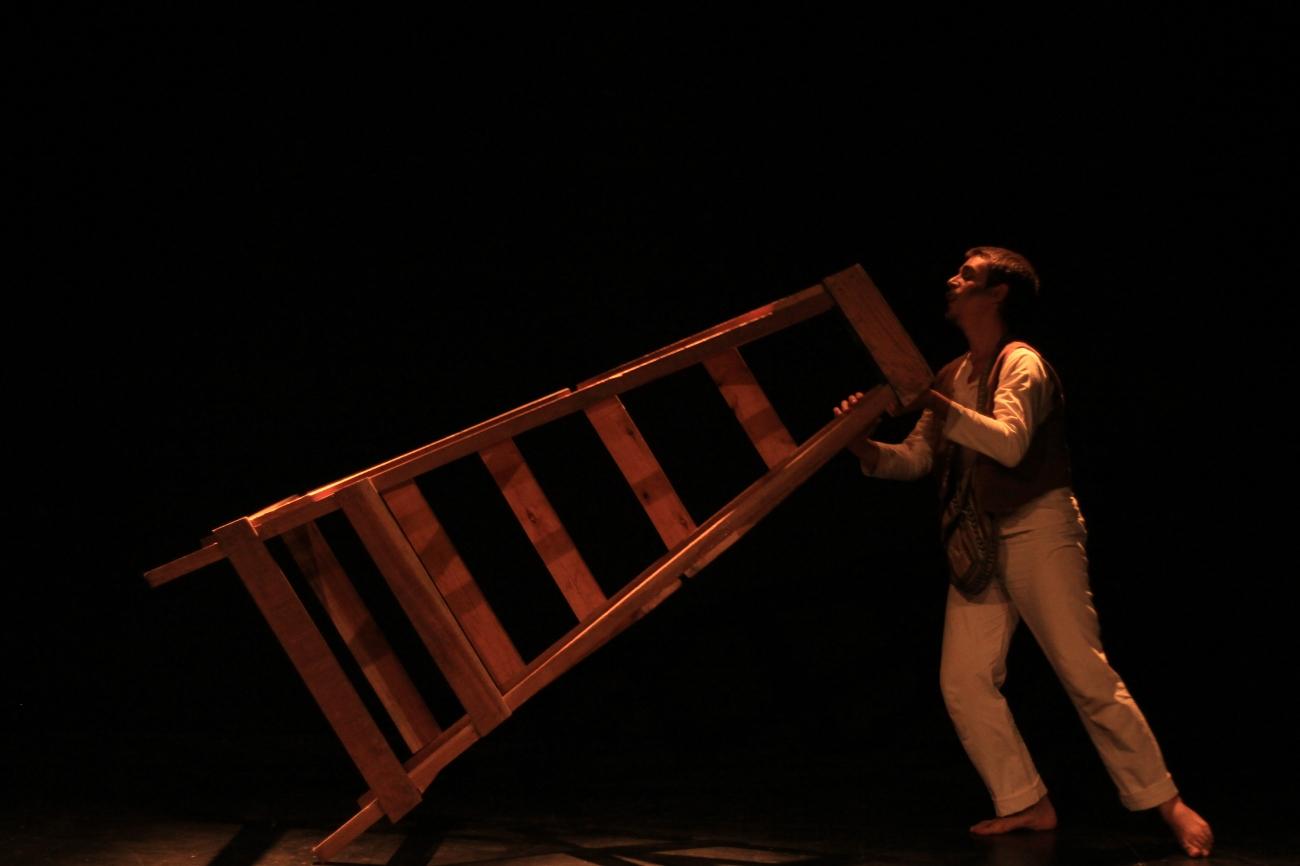 O Mar do Tempo Perdido - À Deriva Grupo de Teatro